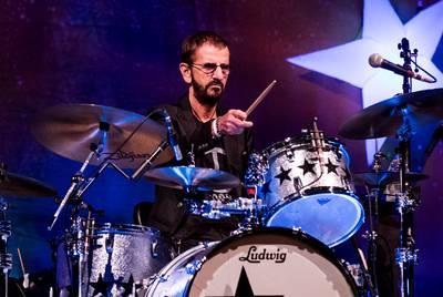 Ringo Starr krijgt bezoek van Paul McCartney op verjaardag