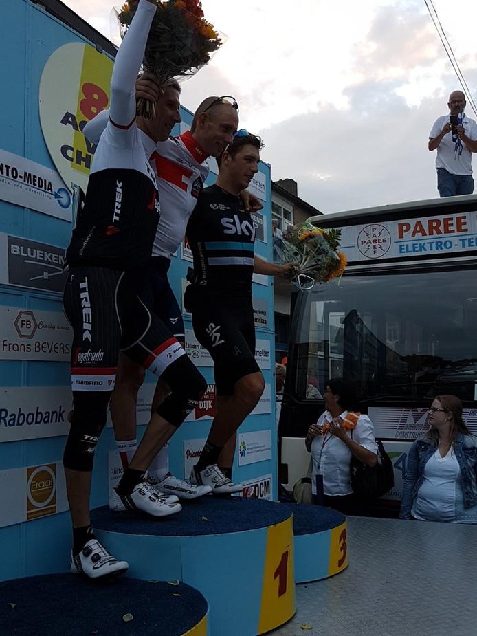 Stef Clement won de Acht van Chaam. Bauke Mollema werd tweede en Danny van Poppel werd derde.