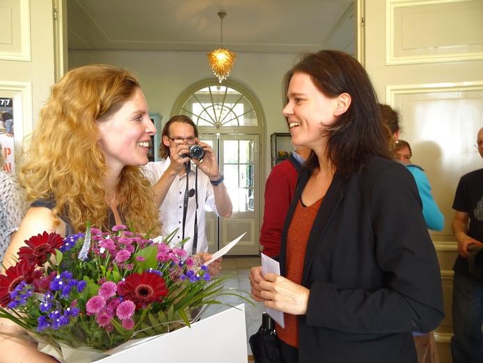 Susanne Sørensen en jurylid Elise van der Linden, beiden uit Deventer
