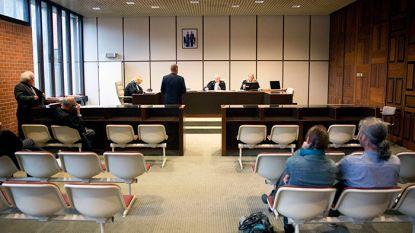 Deze week in de politierechtbank: 17-jarige botst tegen paal, zus vervalst aanrijdingsformulier