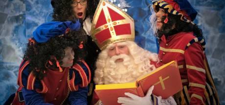 Ondanks pandemie Sinterklaashuis in Eindhoven, maar goedheiligman op zijn hoede: 'Pas op met corona'