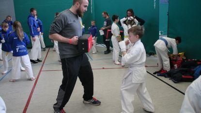Karateclub Shinzo Dojo naar huis met zes bekers op internationaal jeugdtornooi