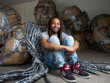 Vallen en opstaan met kunst als reddingsboei: 'Iedereen zei dat het een domme keuze was'
