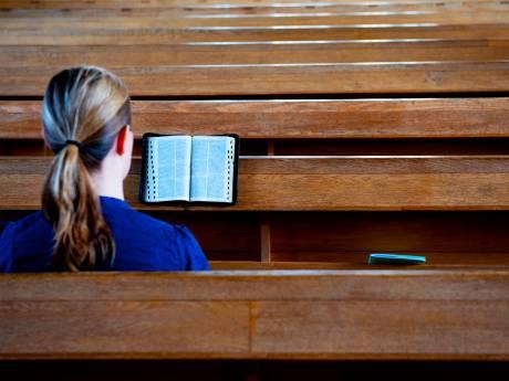 Haagse vader scheert dochtertje (9) kaal omdat ze bijbel niet goed overschrijft