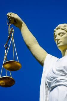 OM wil officieren van justitie in VS en Spanje