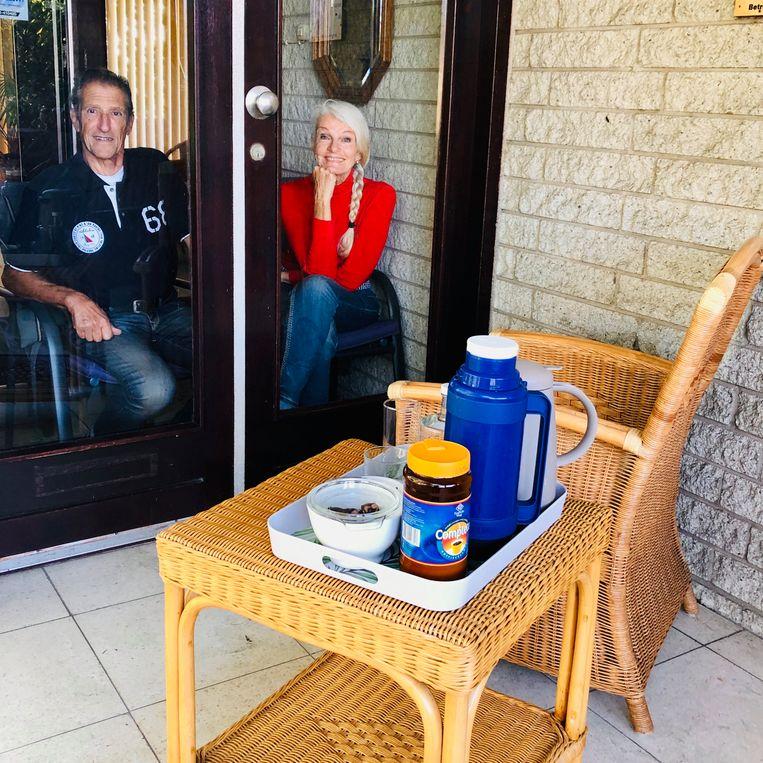 Interviewopstelling bij de voordeur. Beeld Margriet Oostveen