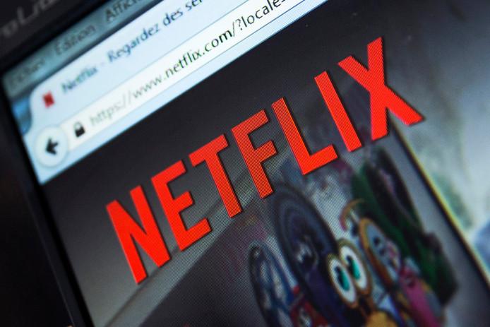Onlinestreamingdienten als Netflix nemen een steeds grotere hap uit de televisie-uitgaven van consumenten.