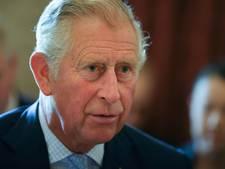 'Prins Charles doneert flink bedrag voor Manchester'