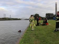 Voorbijganger ziet auto in kanaal gedumpt worden in Utrecht