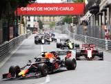 Verstappen voorbij aan Bottas in de pitstraat