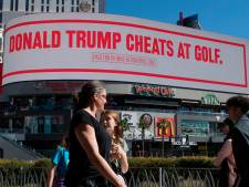 """""""Trump triche au golf"""": Bloomberg se moque du président sur des panneaux publicitaires"""