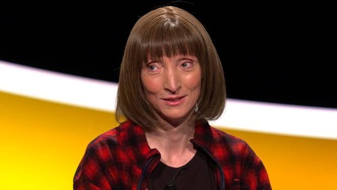 """Herman Brusselmans over 'Slimste Mens'-finaliste Delphine Lecompte: """"Hopelijk verzilvert ze haar populariteit, ze kan de centen goed gebruiken"""""""