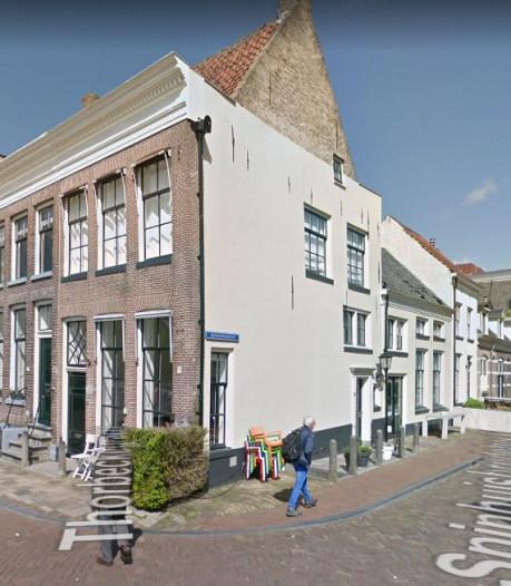 Politiemacht op de been na overlopen inbreker in Zwolle