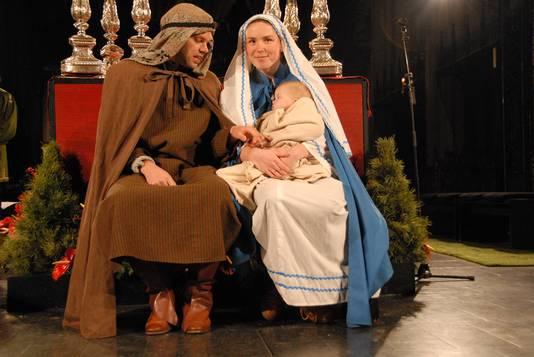 Jozef, Maria en kindeke Jezus in de Sint-Jan, die was omgetoverd tot het denkbeeldige hart van Palestina