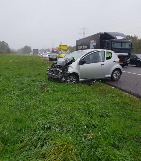 Weer is het raak: ongeluk op A35 bij Enschede
