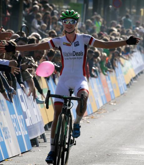 Vos wint in wereldbeker na prachtige strijd met Worst