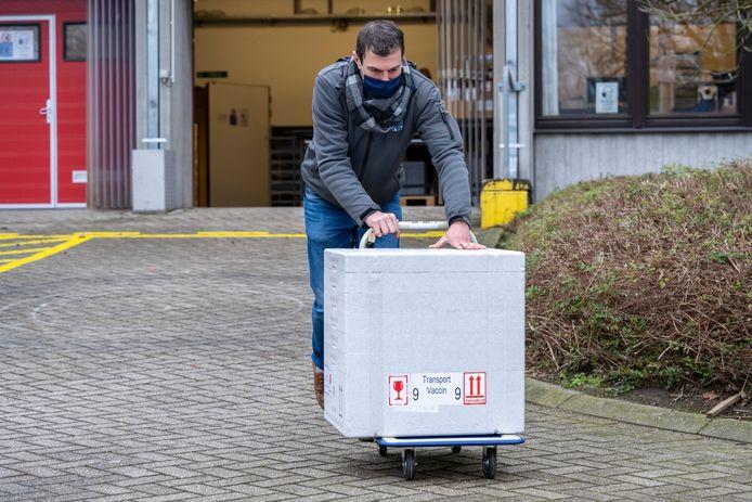 De lokale besturen in het Waasland bekijken samen hoe ze de vaccinatiestrategie lokaal op poten kunnen zetten via de uitrol van meerdere centra.