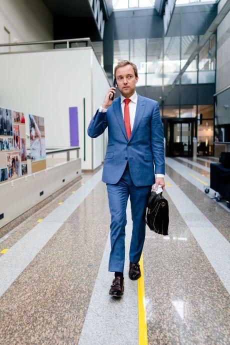 Forum-voorzitter Lennart van der Linden: van de ene storm in de andere