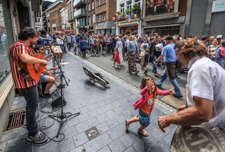 Straatmuzikanten in de Leiestraat