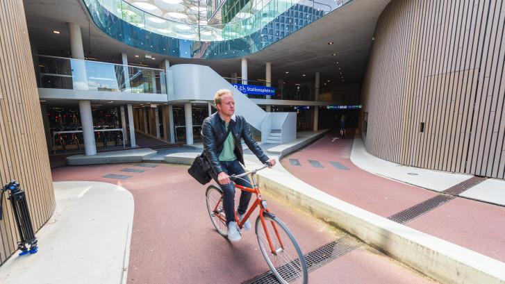 Utrecht opent grootste fietsenstalling ter wereld