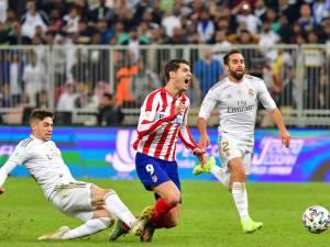 """Le tacle """"kamikaze"""" de Valverde qui sauve le Real Madrid"""