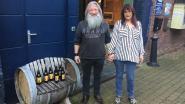 Koppel viert zilveren jubileum met eigen biertje