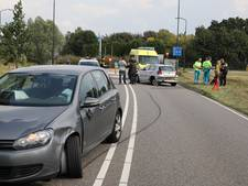 Automobilist rijdt in op auto met vader en twee kinderen; bestuurder is aangehouden
