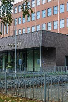 Rooi Pannen mag adjunct-directeur niet ontslaan na handtekeningenaffaire