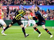 Van Wolfswinkel schiet Vitesse naar eerste prijs ooit