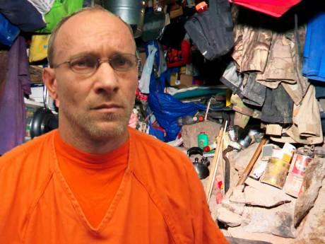 Caché depuis trois ans dans un bunker, un pédophile découvert par hasard