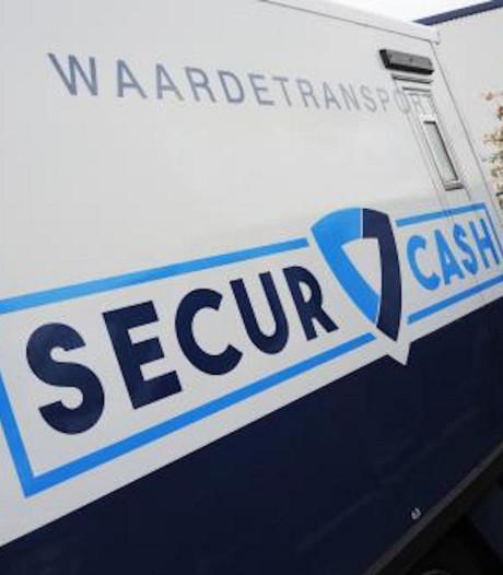 Beroving waardetransport in Rijsbergen: geldchauffeur zwicht voor 'lekkers'
