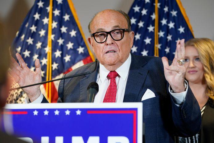 Rudy Giuliani tijdens de veelbesproken persconferentie vorige week.