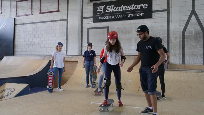 f87eb1eb786 Girls Skate Camp in Utrecht: meer meiden op het skateboard | Utrecht ...