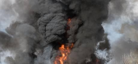 Meer dan honderd auto's verloren bij brand veilingbedrijf BVA Auctions