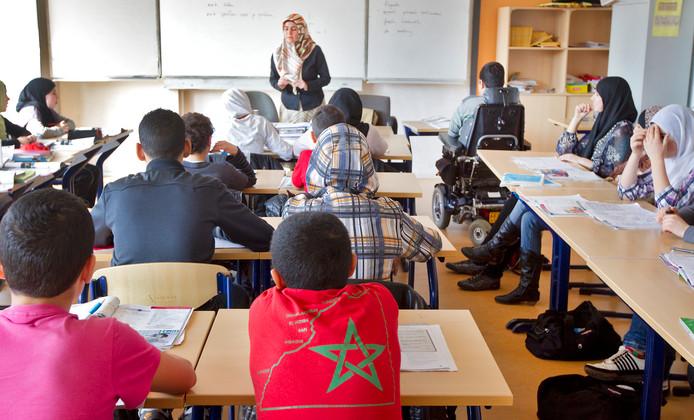 Ook het opleidingsniveau is van invloed op het verschil in inkomen.
