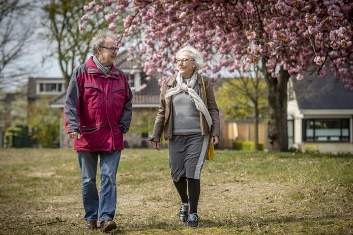 Henk en Mathilde Koiter willen in een soort knarrenhof wonen. Met leeftijdsgenoten bij elkaar. Thijsniederweg is beoogde bouwlocatie.