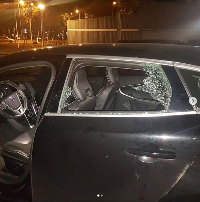 De politie heeft gisteravond twee autokrakers opgepakt bij Winkelcentrum Overvecht.