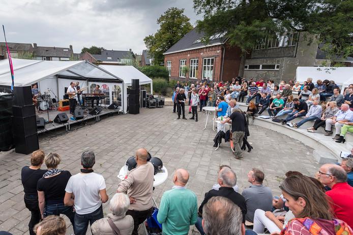 De openluchttheaters van Roosendaal en Nispen (foto) zijn pareltjes die volgens de raad extra ondersteuning verdienen.