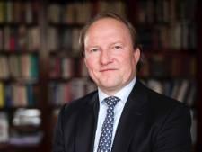 Wensburgemeester Van der Loo verheugt zich op unieke Zwijndrechtse politiek