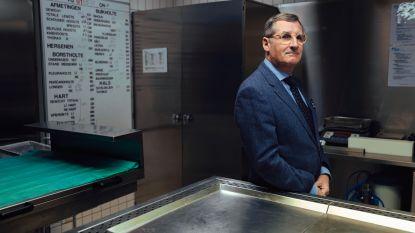 """Professor Wim Van De Voorde (61) kreeg al duizenden lichamen op zijn autopsietafel: """"Een verkoold kind onderzoeken, dat blijft je bij"""""""