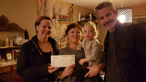 Katrien Daems, Joyce De Sager, de kleine Maartje Verheijen en Peter Stappaerts