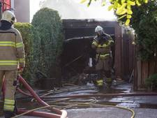 Brand legt inhoud schuur Doesburg in as