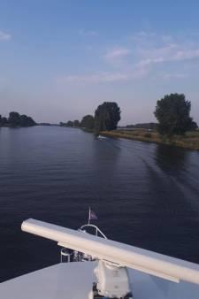 Politie deelt elf boetes uit aan schippers op Maas en recreatieplassen bij Cuijk en Mook