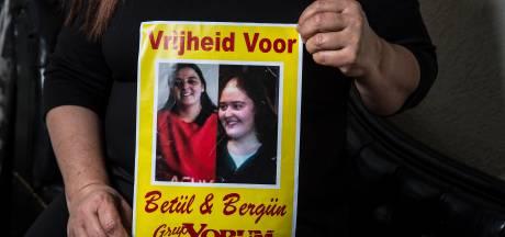 Nederlandse vrouw die protestliederen maakt in hongerstaking in Turkse cel