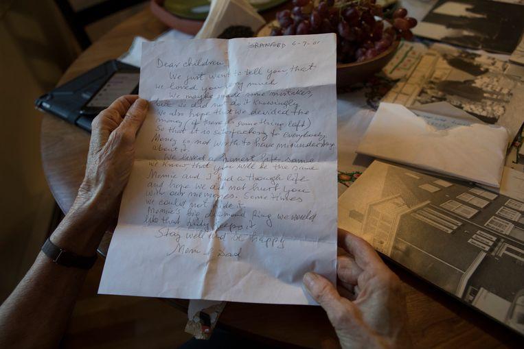De brief die Selma en Chaim hebben geschreven voor hun kinderen. 'We hopen dat we jullie geen pijn hebben gedaan met onze herinneringen.' Beeld Chantal Heijnen
