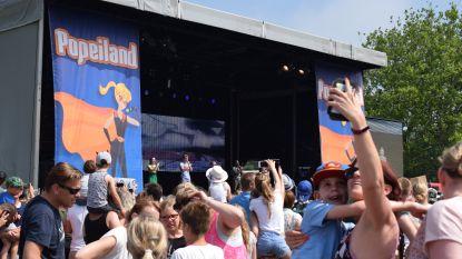 Van pootjesbaders over zonnecrèmesuperhelden tot handtekeningjagers: Popeiland nooit zo zomers