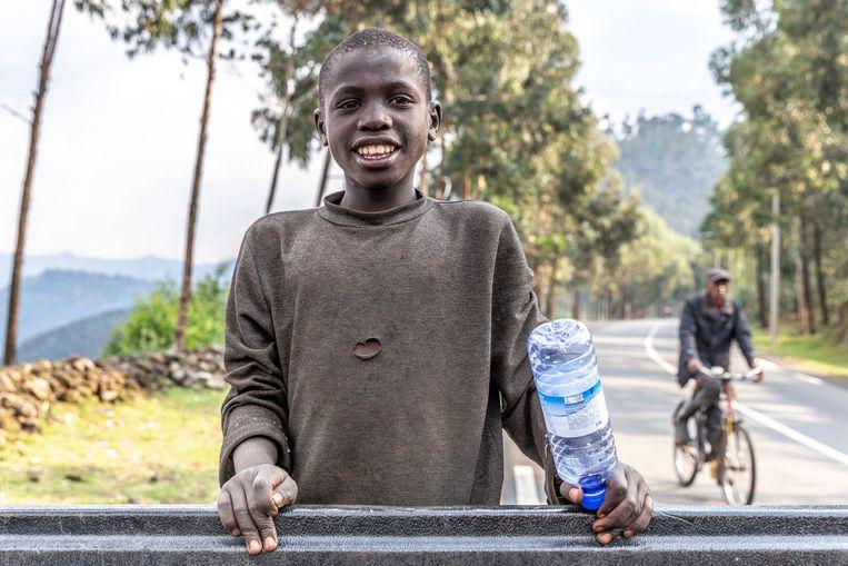 Rwanda leert de wereld opruimen.  Beeld Noel van Bemmel