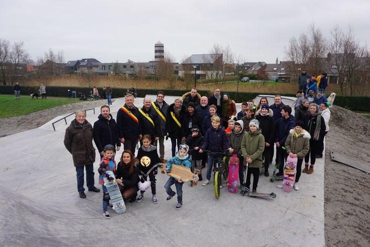 In de Lijsterstraat werd een nieuw skatepark geopend.