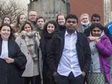 Pravinath (17) uit Borculo wacht de cel in Sri Lanka