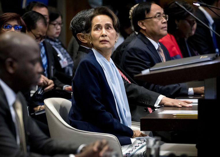 Aung San Suu Kyi op de tweede dag voor het Internationaal Gerechtshof in het Vredespaleis, 11 december.  Beeld ANP